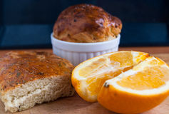 Oange com pão Imagem de Stock Royalty Free