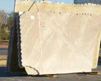 Oanvända granit- och marmorCountertops royaltyfri foto