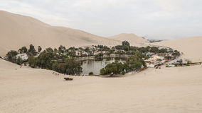 Oase huacachina - Peru stockfotos