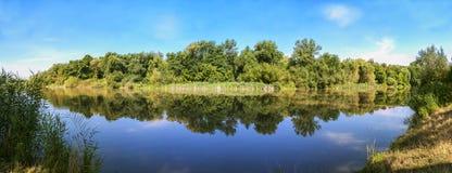 Oasis de l'eau Photographie stock libre de droits
