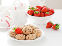 Oat bran, coconut and strawberry cookies Royalty Free Stock Images
