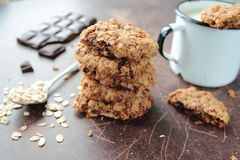 Oat cookies. Sweet cookies with chocolate chip and raisin Royalty Free Stock Photography
