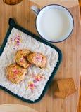 oatmeal молока печений Стоковая Фотография RF