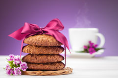 Oatmeal cookies and cup of coffee Royalty Free Stock Images