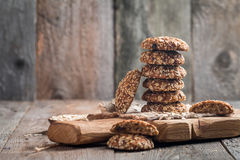 Oatmeal cookies on cutting board Royalty Free Stock Images