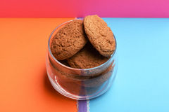 Oatmeal cookies in glass jar Royalty Free Stock Images
