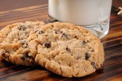 Free Oatmeal Raisin Cookies Royalty Free Stock Image - 22902426