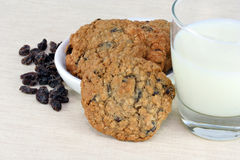 Oatmeal raisin cookies and milk Stock Photos