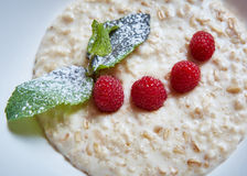 Oatmeal with raspberries Royalty Free Stock Photography