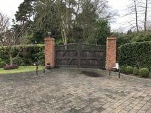 Oavslutad trädgård av mitt hus Arkivfoto