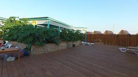 Oaza basen w wiosce Golubitskaya, Krasnodar terytorium Ludzie są relaksujący w basenie Pływacki basen dla dorosłych i chi zdjęcie wideo