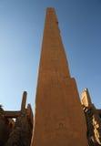 Obélisque dans le temple de Karnak Images libres de droits
