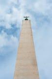 Obélisque de Vatican du point de vue au sol Photographie stock