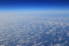 Obłoczne formacje widzieć od samolotu Zdjęcia Royalty Free