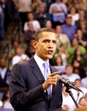 Obama fala em uma reunião Imagens de Stock Royalty Free