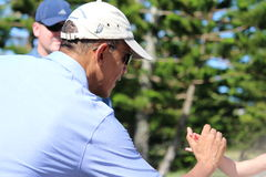 Obama som spelar golf Hawaii Arkivfoton