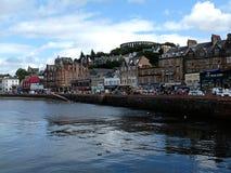 Oban港口苏格兰在一个晴天 图库摄影