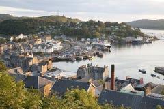 Oban hamn i Skottland Royaltyfria Bilder