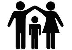 Obbligazione del tetto della famiglia del bambino del padre della madre Fotografie Stock