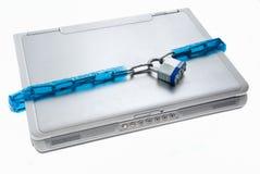 Obbligazione Locked del computer portatile Fotografie Stock