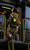Obcy scifi żołnierz z karabinem Obrazy Royalty Free