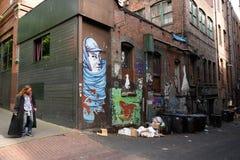 Obdachlose Frau in Seattles Pionierquadrat stockbild