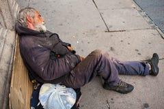 Obdachloses Schlafen Lizenzfreie Stockfotos