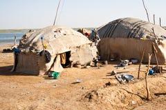 obdrapana Beduin wioska Zdjęcia Stock
