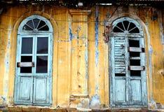 obdrapany mieszkalnictwa Zdjęcie Royalty Free