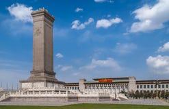 Obelisco del monumento de guerra en la Plaza de Tiananmen, Pekín China imagen de archivo libre de regalías