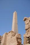 Obelisco en el templo de Karnak Imagen de archivo