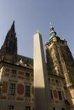 Obelisco famoso della st Vitus Cathedral e di Praga Fotografie Stock Libere da Diritti
