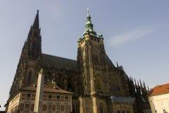Obelisco famoso della st Vitus Cathedral e di Praga Fotografia Stock