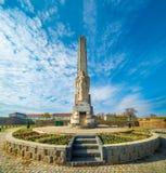 Obelisk av Horea, Closca och Crisan, Alba Iulia, Rumänien Royaltyfria Bilder
