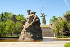 Obelisk commemorativo della seconda guerra mondiale su Mamayev Kurgan Fotografie Stock