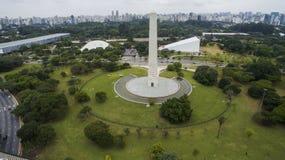 Obelisk in der Welt Stockfoto