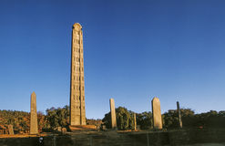 Obelisk i det Aksum kungariket Arkivfoton