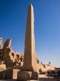Obelisk på den Karnak templet Luxor, Egypten Royaltyfri Fotografi