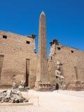 Obelisk på den Luxor templet, Egypten Royaltyfri Bild