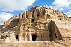 Obeliskgravvalv och Bab Al-Siq Triclinium, Petra, Jordanien Fotografering för Bildbyråer