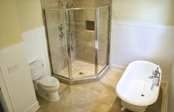 Obenliegende Ansicht des Badezimmers Lizenzfreies Stockbild