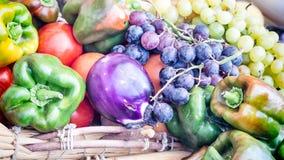 Oberżyna pieprzy winogrona Zdjęcie Stock