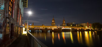Oberbaum bridge germany night traffic lights Stock Photography