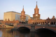 Oberbaumbruecke (мост Oberbaum) Стоковое Изображение RF