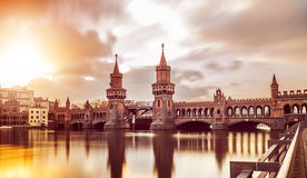 Oberbaumbruecke Berlim Imagens de Stock Royalty Free