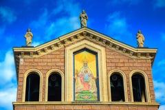 Oberer Teil schwarzer Madonna-Kirche in Tindari Lizenzfreie Stockfotos