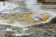 Oberes Geysirbassin Yellowstone lizenzfreie stockbilder