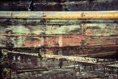 Oberfläche des alten hölzernen Bootes, Beschaffenheit der alten Werftseite stockfotografie