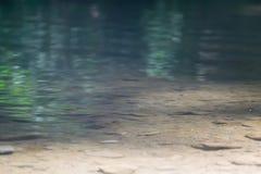 Oberflächengebirgsfluss Stockbilder