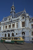 Oberleitungsbuse von Valparaiso Lizenzfreie Stockbilder